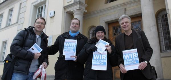 """März 2013: Plakat-Aktion """"Wir starten durch!"""""""